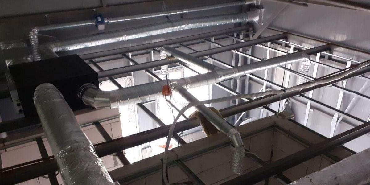 монтаж моноблочной припливно-витяжної установки