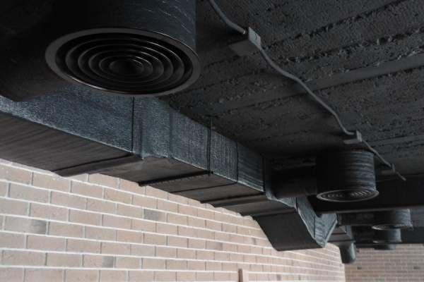 монтаж вентиляції в ресторані
