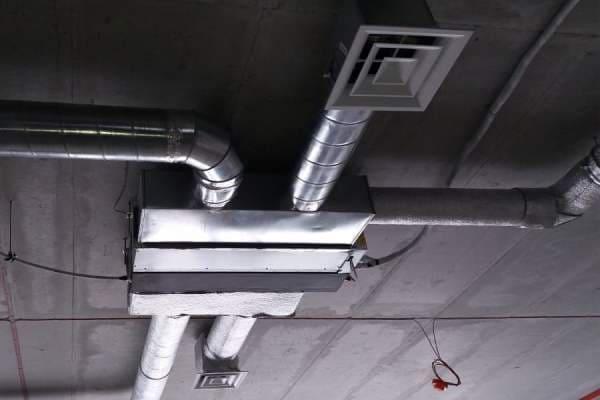 монтаж канальних кондиціонерів
